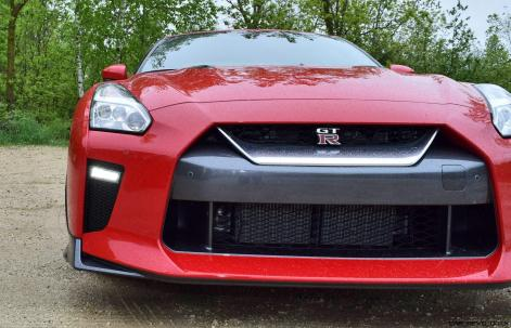 2017 Nissan GT-R Review 10