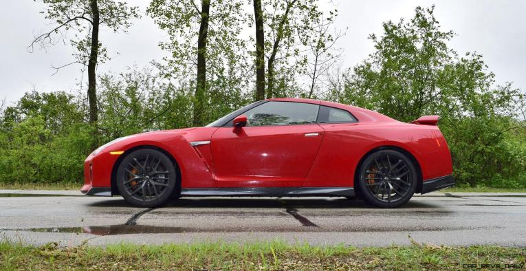 2017 Nissan GT-R Review 61