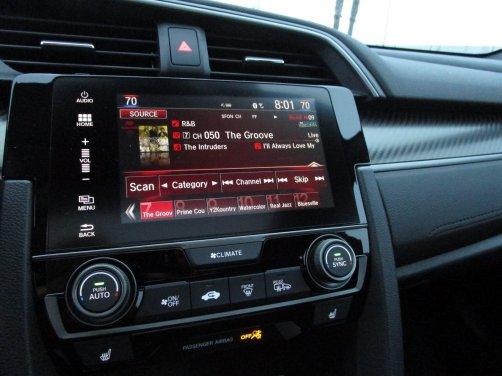 2017 Honda Civic Si Sedan INTERIORS 1