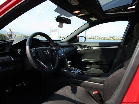 2017 Honda Civic Si Sedan INTERIORS 12
