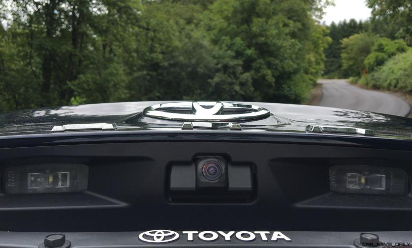 2018 Toyota Camry XLE By Zeid Nasser 22