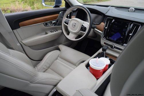 VOLVO S90 T6 AWD Interiors 15