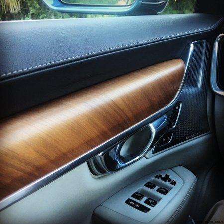 VOLVO S90 T6 AWD Interiors 21
