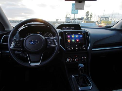 2018 Subaru Impreza INTERIOR 16