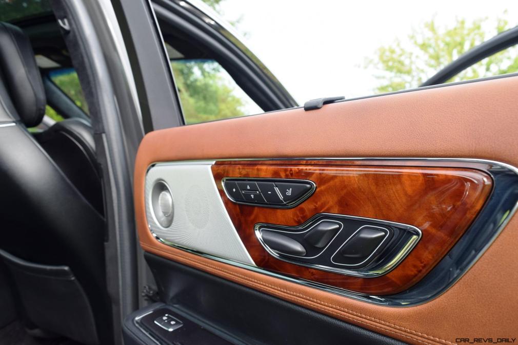 Lincoln Continental 2017 Interior 18