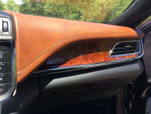 Lincoln Continental 2017 Interior 22