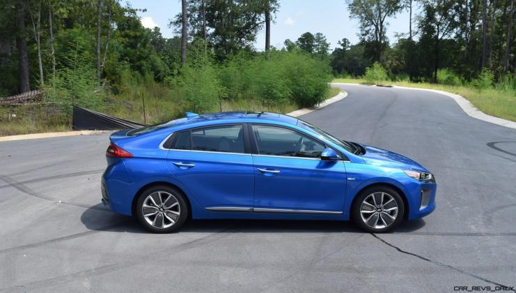 2017 Hyundai Ioniq Hybrid EXTERIOR 19