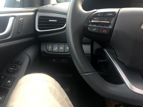 2017 Hyundai Ioniq Hybrid INTERIOR 13