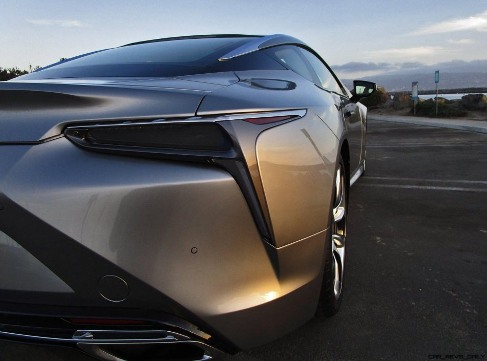 2018 Lexus LC500 - Review 16