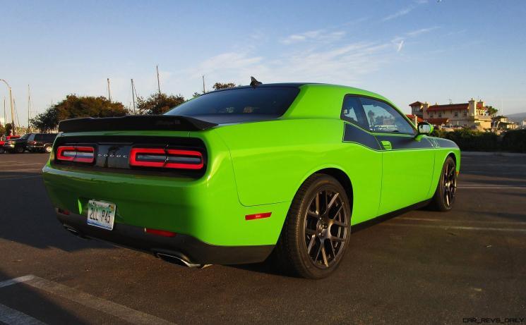 2017 Dodge Challenger 3