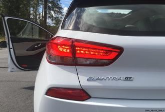 2018 Hyundai Elantra GT 24