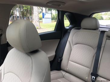 2018 Hyundai Elantra GT Interior 10
