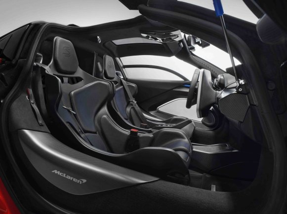 44 - 8622-McLaren+Senna+Interior+1