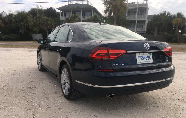 2018 VW Passat SE 39