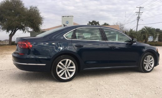 2018 VW Passat SE 42