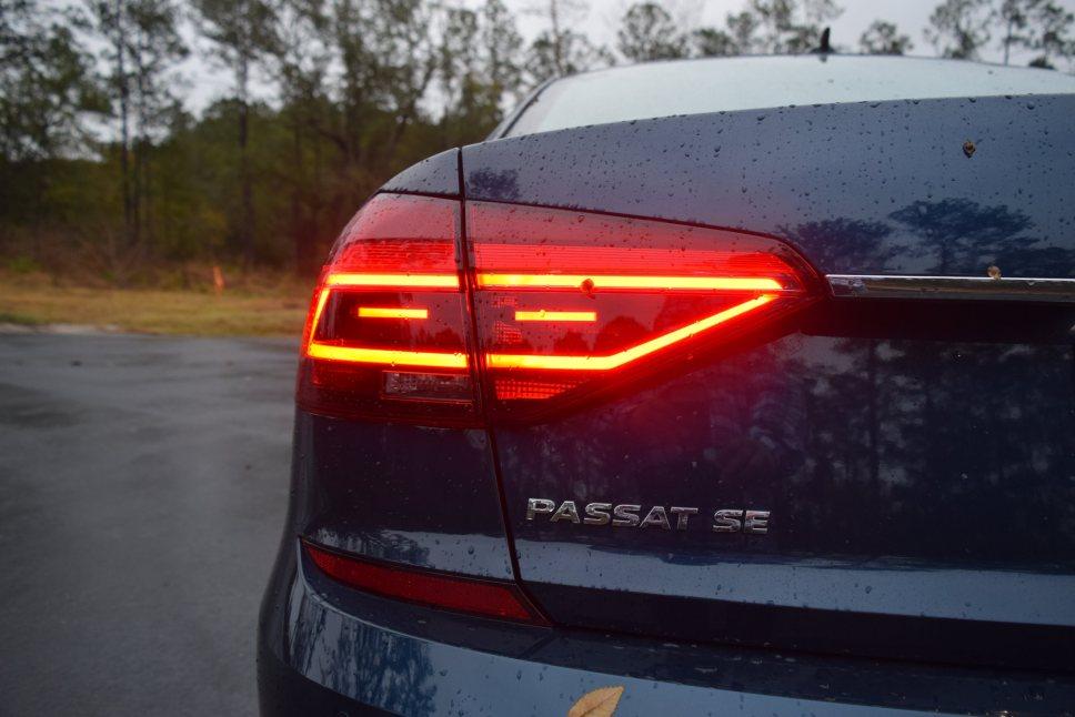 2018 VW Passat SE 9