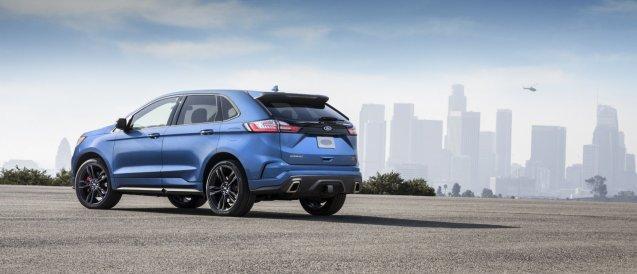 2019-Ford-Edge-ST-2