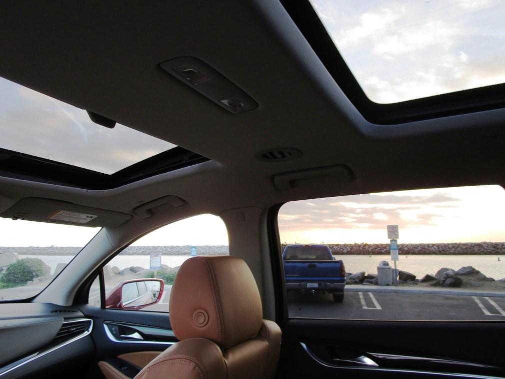 2018 Buick ENCLAVE Interior 17