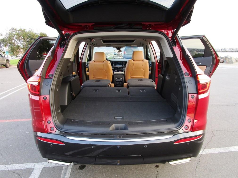 2018 Buick ENCLAVE Interior 7