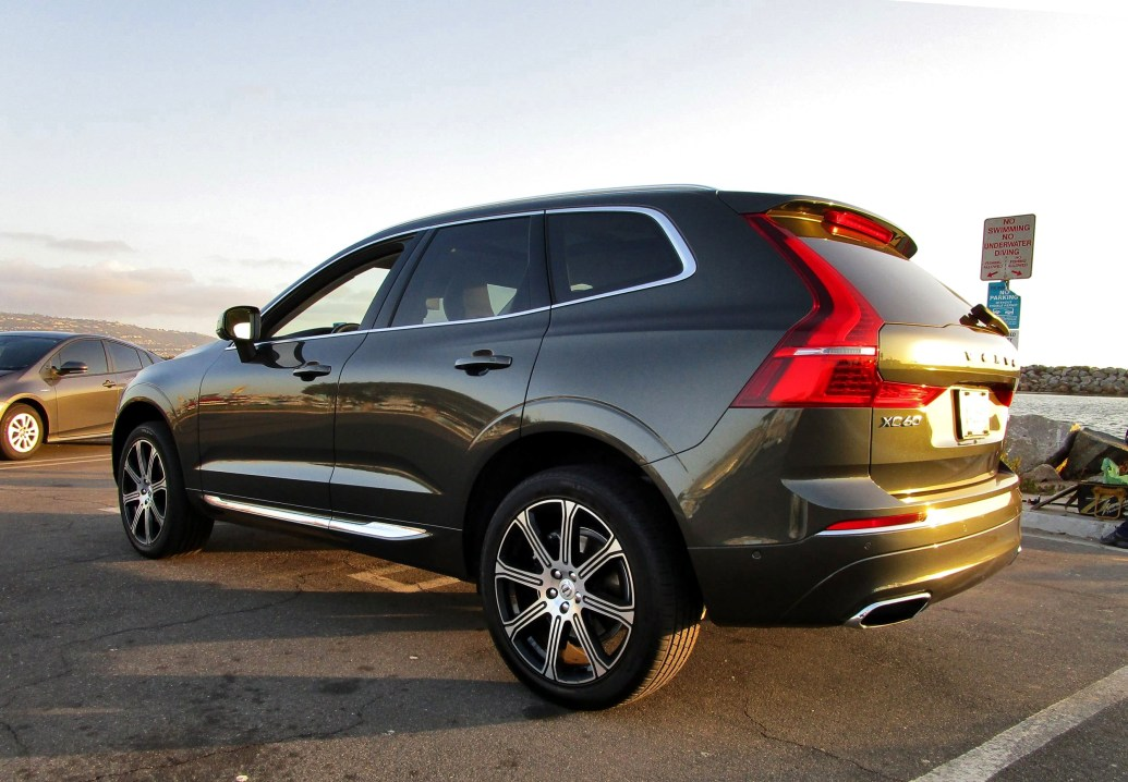 2018 Volvo XC60 T6 AWD Inscription - Road Test Review - By Ben Lewis 20