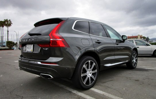 2018 Volvo XC60 T6 AWD Inscription - Road Test Review - By Ben Lewis 6