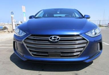 2018 Hyundai Elantra Limited 3