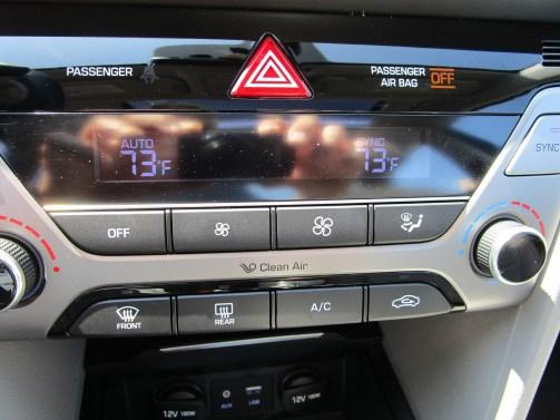 2018 Hyundai Elantra Limited 39