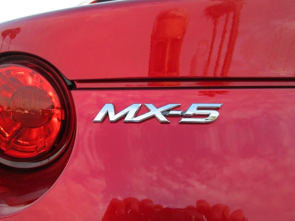 2018 Mazda MX-5 Miata RF 9