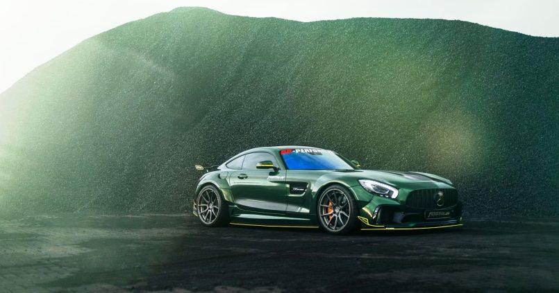 Widebody AMG GTS in Emerald Green 15