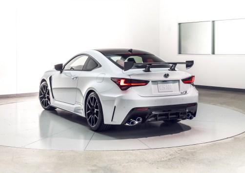 2020_Lexus_RC_F_Track_Edition_24_097DAFF9E5751AD74E05F60D6AABF0AD34016F0A