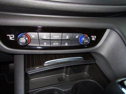 2019 Buick Regal TourX Essence AWD Interior Photos Ben Lewis 12