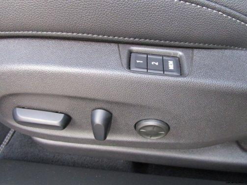 2019 Buick Regal TourX Essence AWD Interior Photos Ben Lewis 28