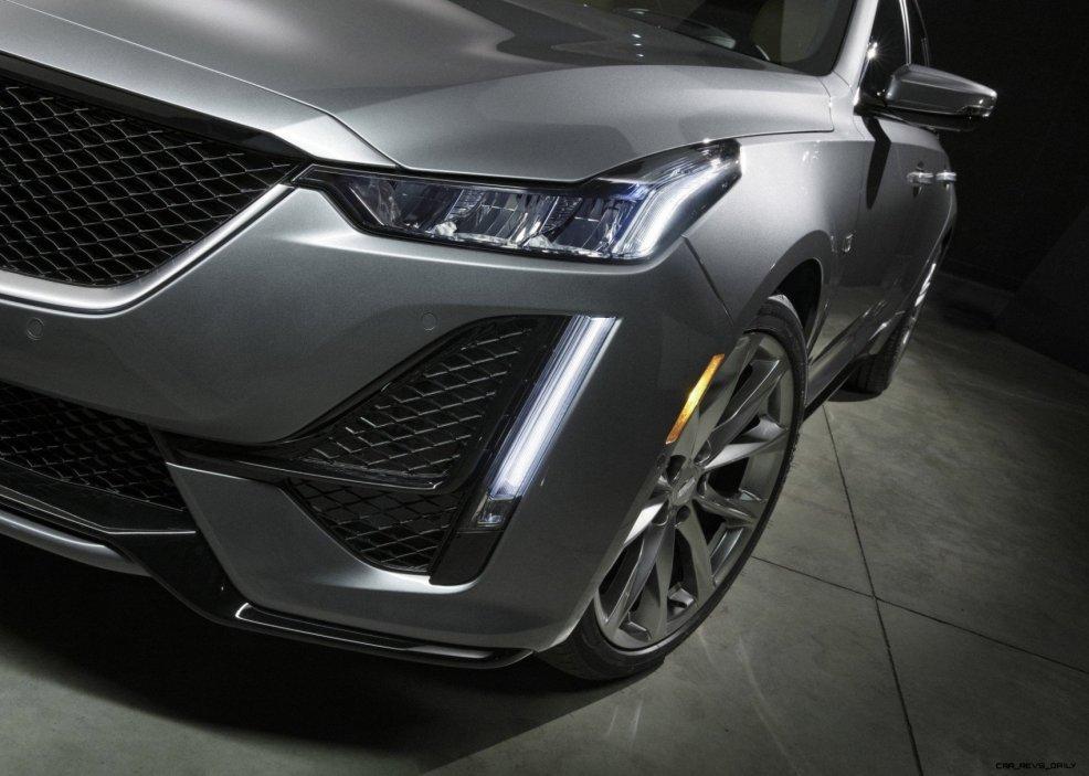 2020-Cadillac-CT5-Sport-003