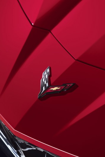 2020-Chevrolet-Corvette-Stingray-050