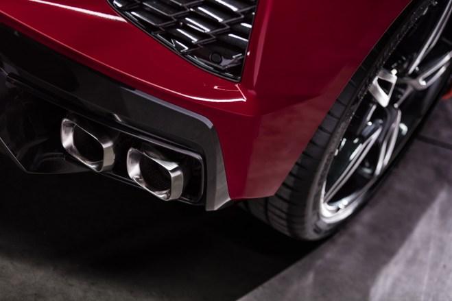 2020-Chevrolet-Corvette-Stingray-052