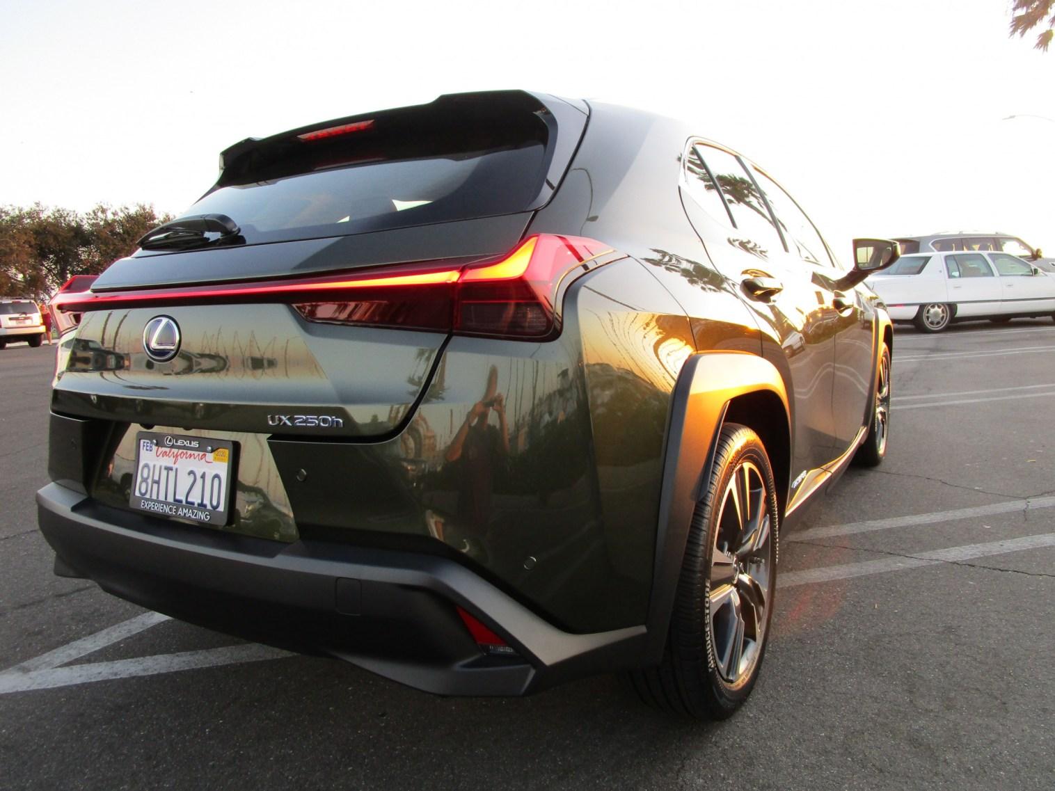 2019 Lexus UX 250h Hybrid (28)