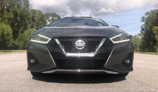 2019 Nissan Maxima SR (7)