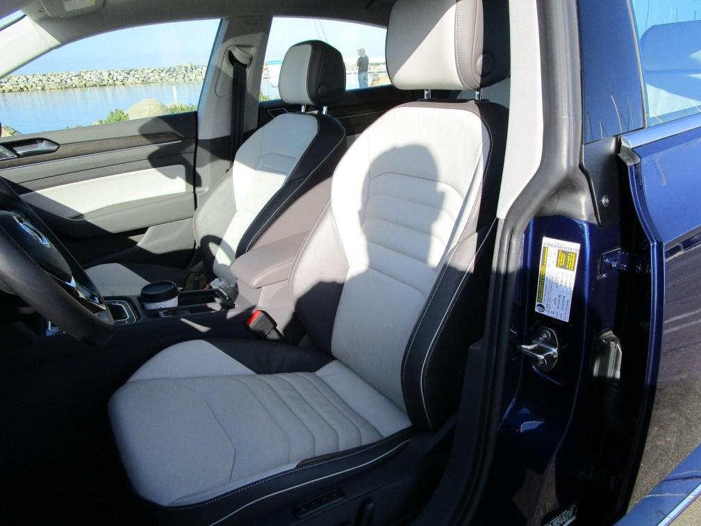 2019 Volkswagen Arteon SEL 4Motion (31)
