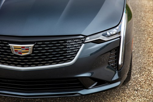 2020-Cadillac-CT4-PremiumLuxury-030