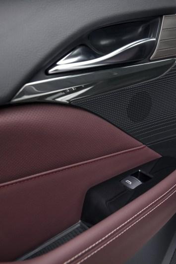 2020-Cadillac-CT4-Sport-024