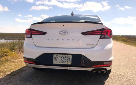 2019 Hyundai Elantra Sport (10)