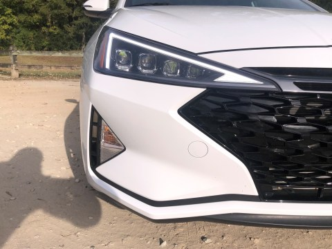2019 Hyundai Elantra Sport (21)