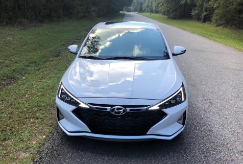 2019 Hyundai Elantra Sport (34)