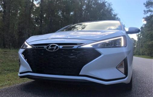 2019 Hyundai Elantra Sport (36)
