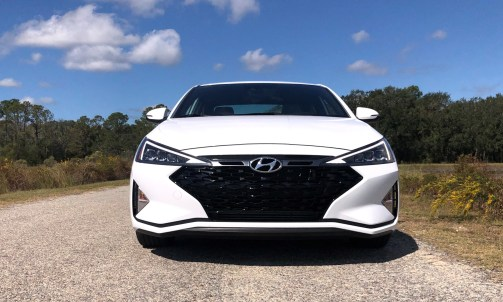 2019 Hyundai Elantra Sport (43)