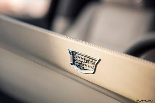 2021-Cadillac-Escalade-043