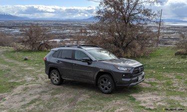 2020 RAV4 TRD Off-Road - Car-Revs-Daily.com Matt Barnes (12)
