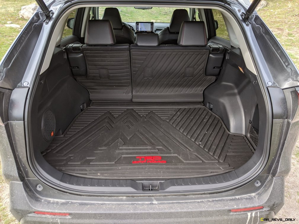 2020 RAV4 TRD Off-Road - Car-Revs-Daily.com Matt Barnes (25)