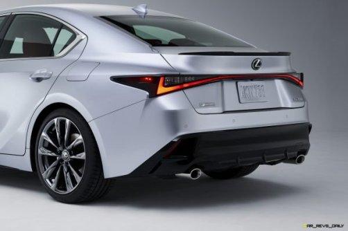 2021-Lexus-IS-F-SPORT-004-600x400