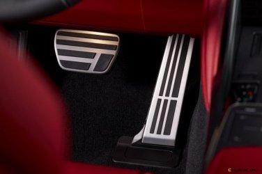 2021-Lexus-IS-F-SPORT-025-600x400